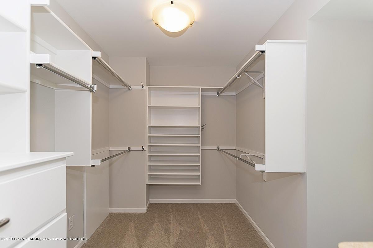 1720 Foxcroft Rd - Master Closet - 33
