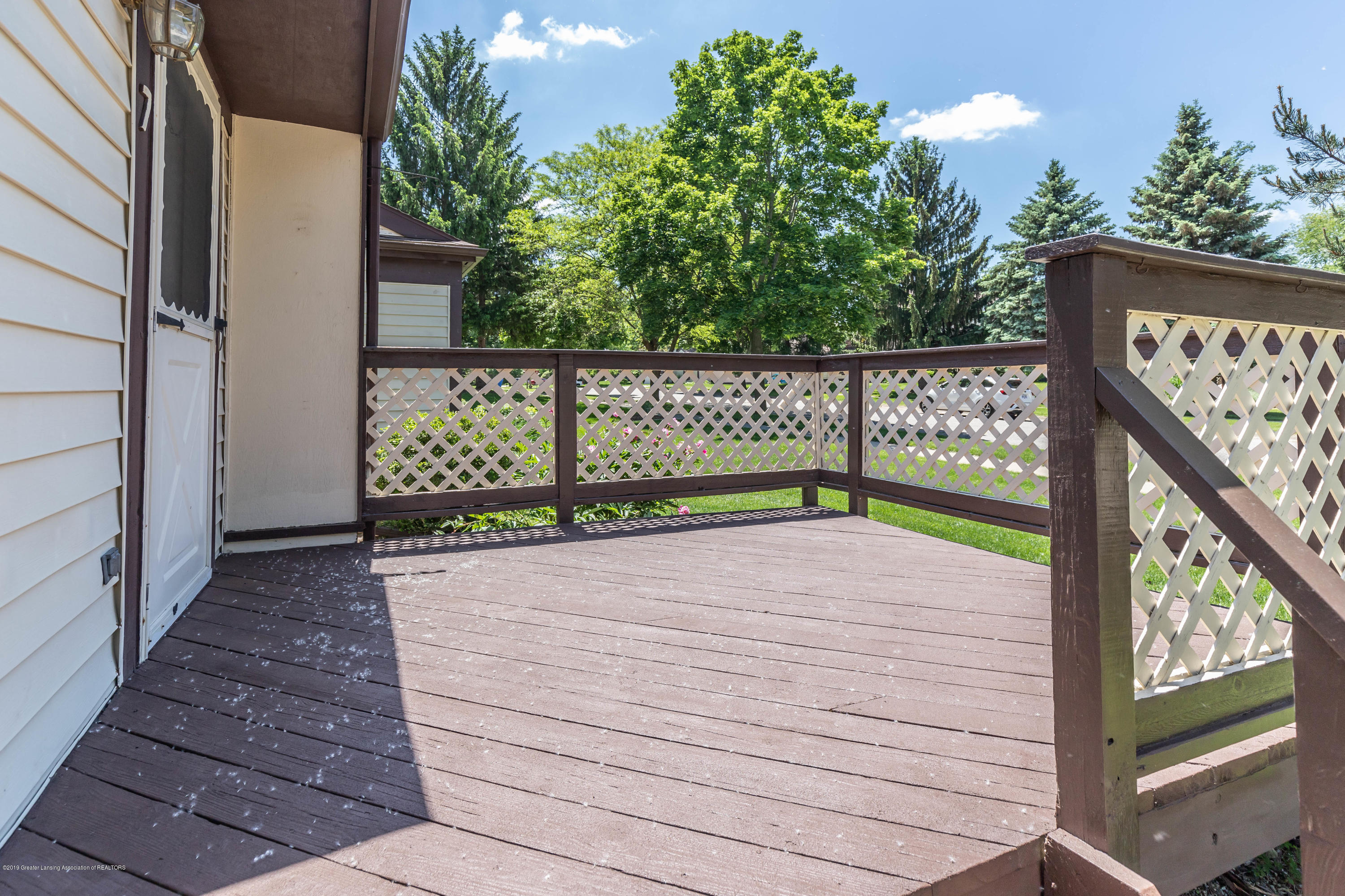 2801 Trudy Ln Unit 7 - Deck/Front Entry - 7