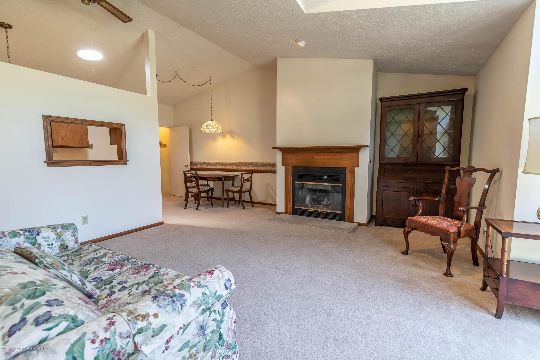 2801 Trudy Ln Unit 7 - Living Room - 8