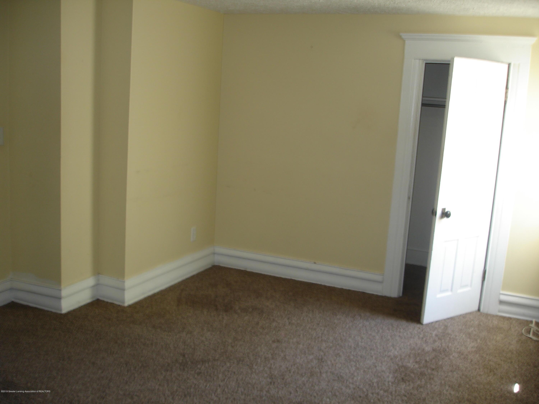 1222 W Ionia St - bedroom - 13