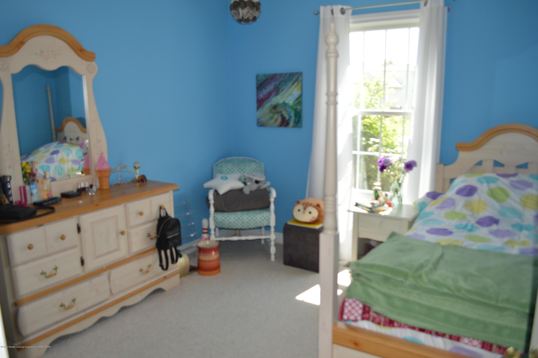 1347 Hosta Ct - Bedroom 3 - 18