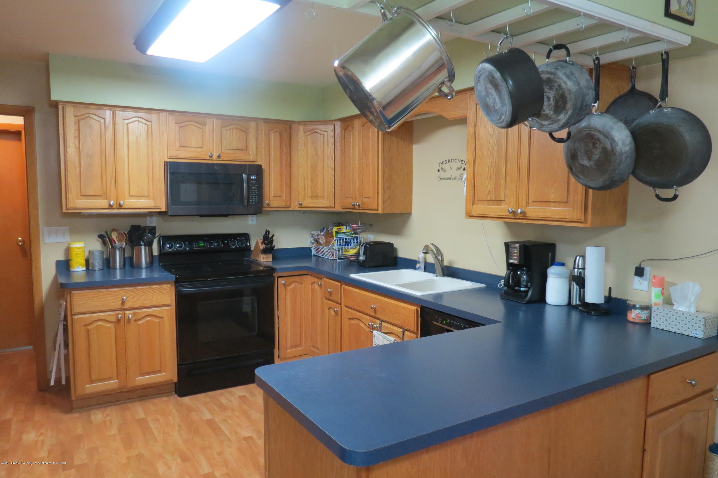 4007 N Shepardsville Rd - Kitchen - 4