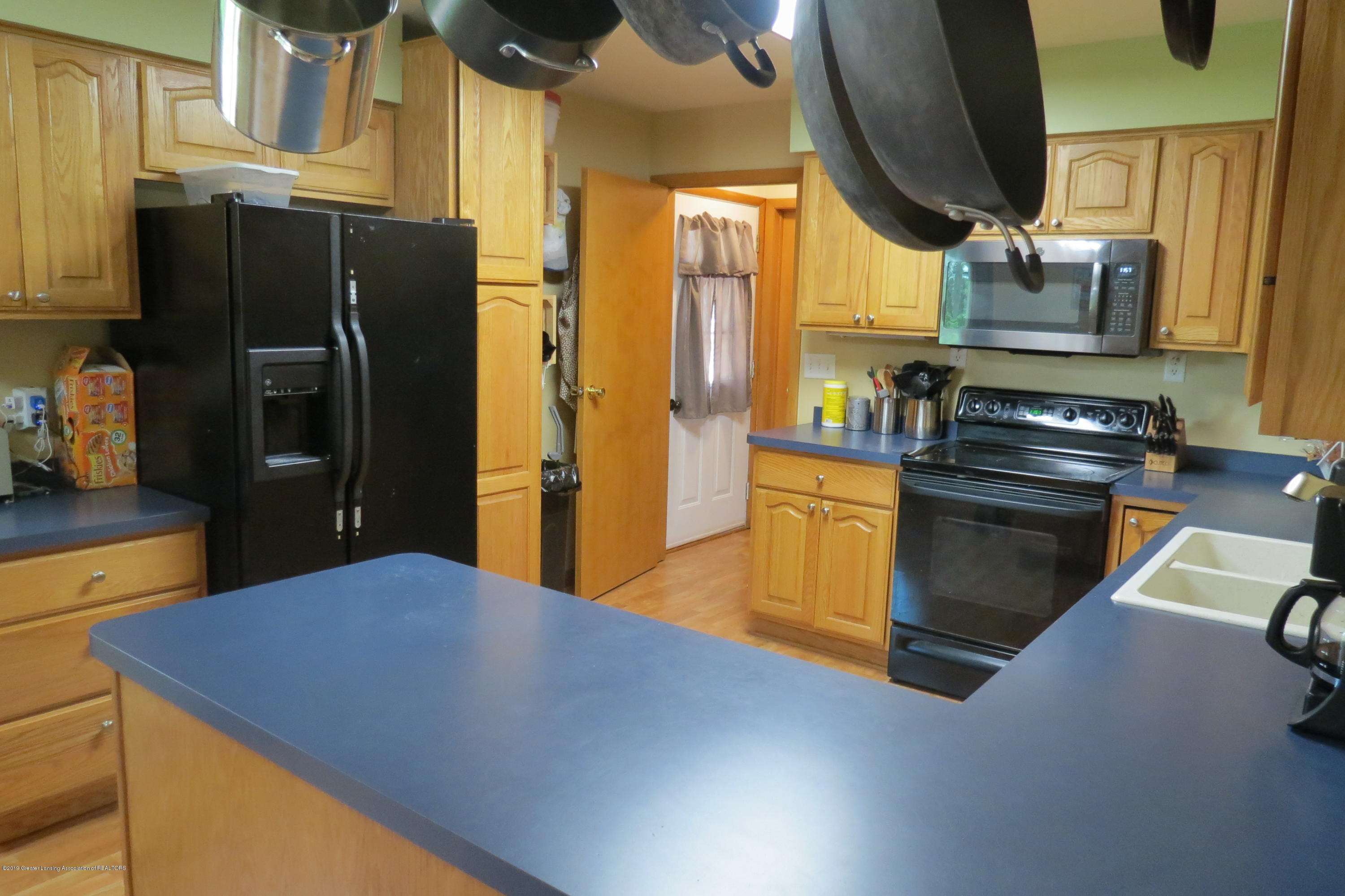 4007 N Shepardsville Rd - Kitchen - 5