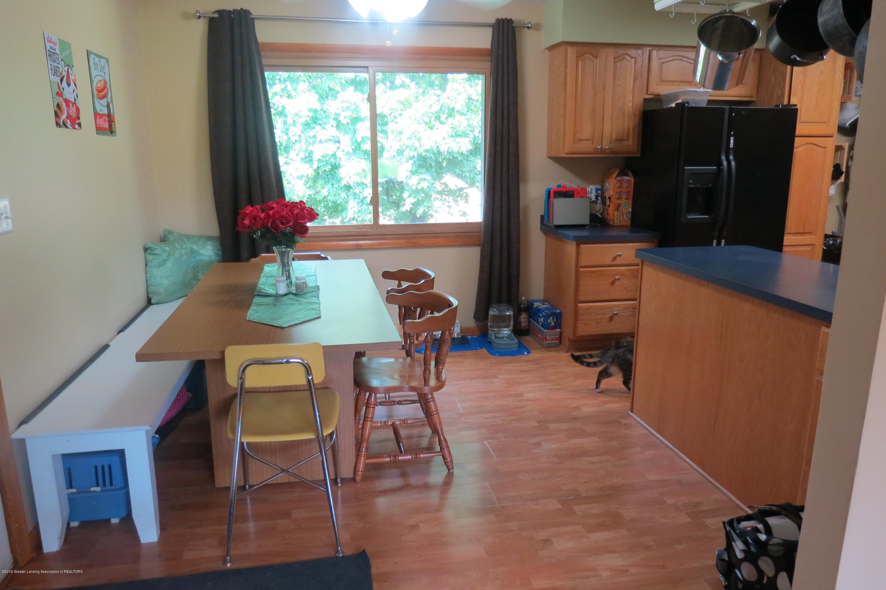 4007 N Shepardsville Rd - Dining Room - 8