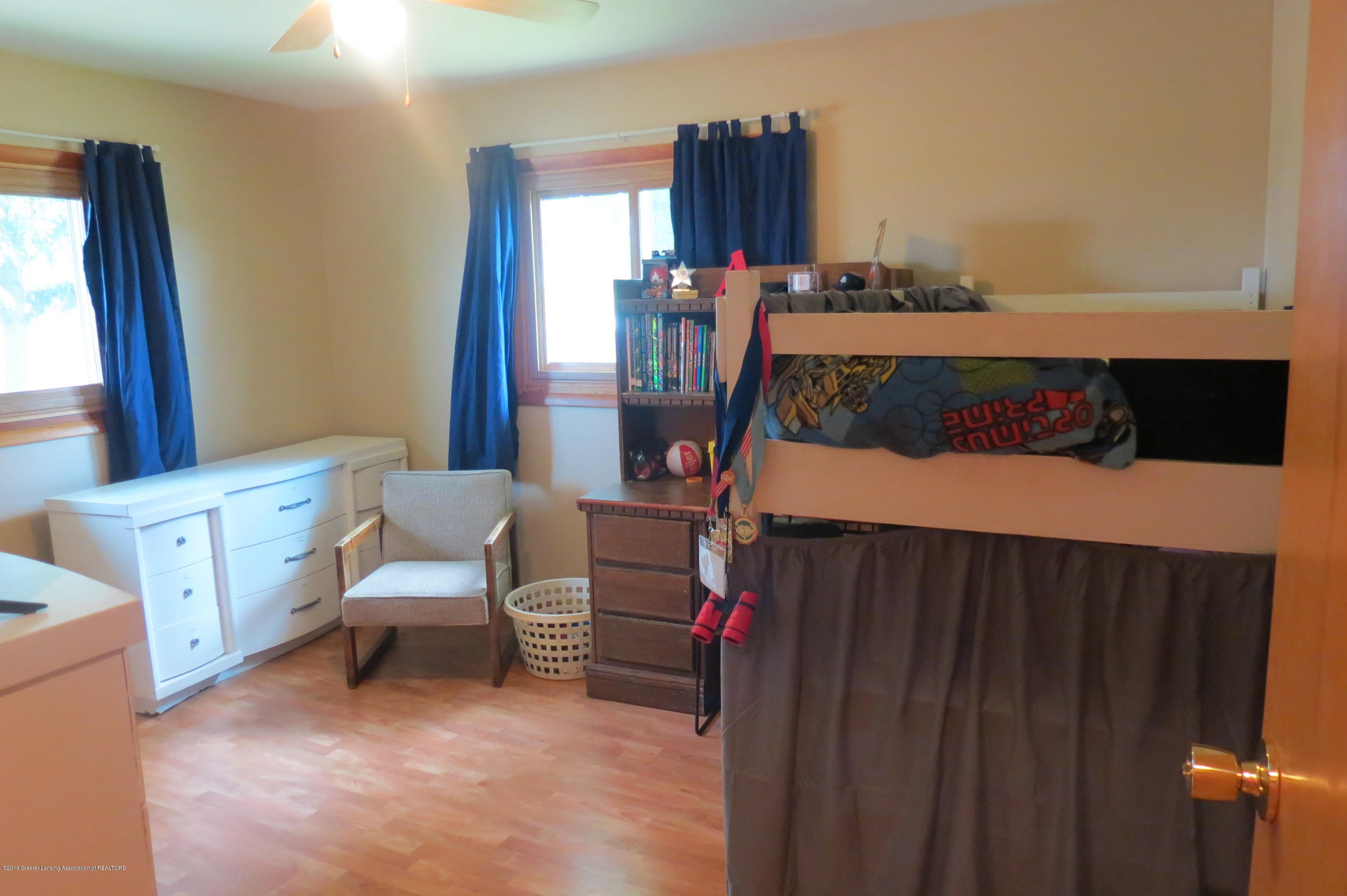 4007 N Shepardsville Rd - Bedroom - 21