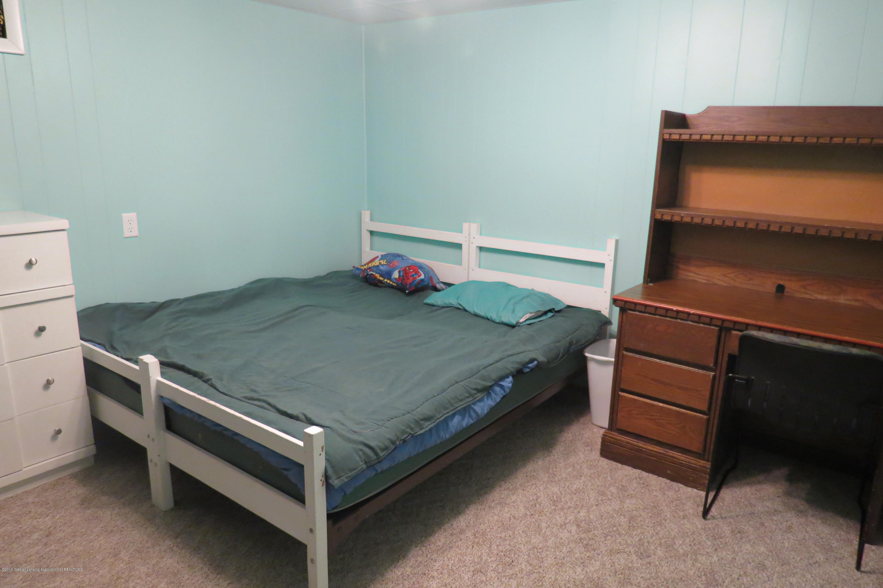 4007 N Shepardsville Rd - Basement Bedroom - 27