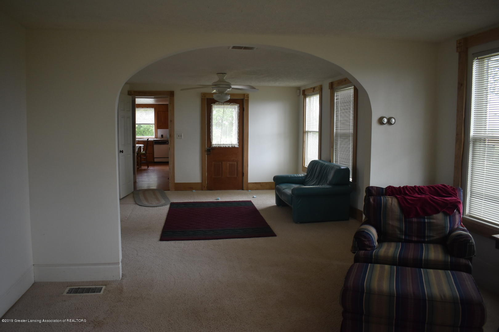 6512 W South Countyline Rd - Living Room - 3