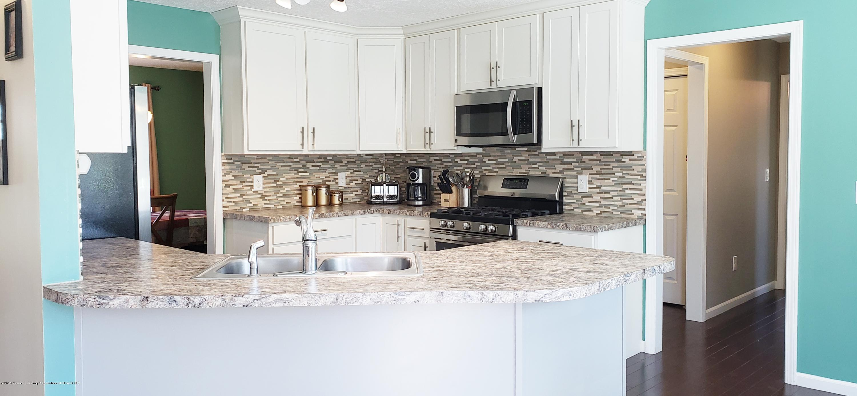 11677 Highland Ct - Kitchen with Entrance to Bedroom - 8