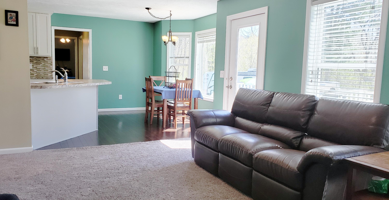 11677 Highland Ct - Living Room - 6