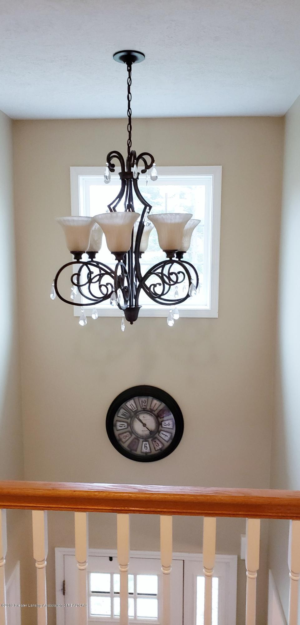 11677 Highland Ct - Two story Foyer - 3