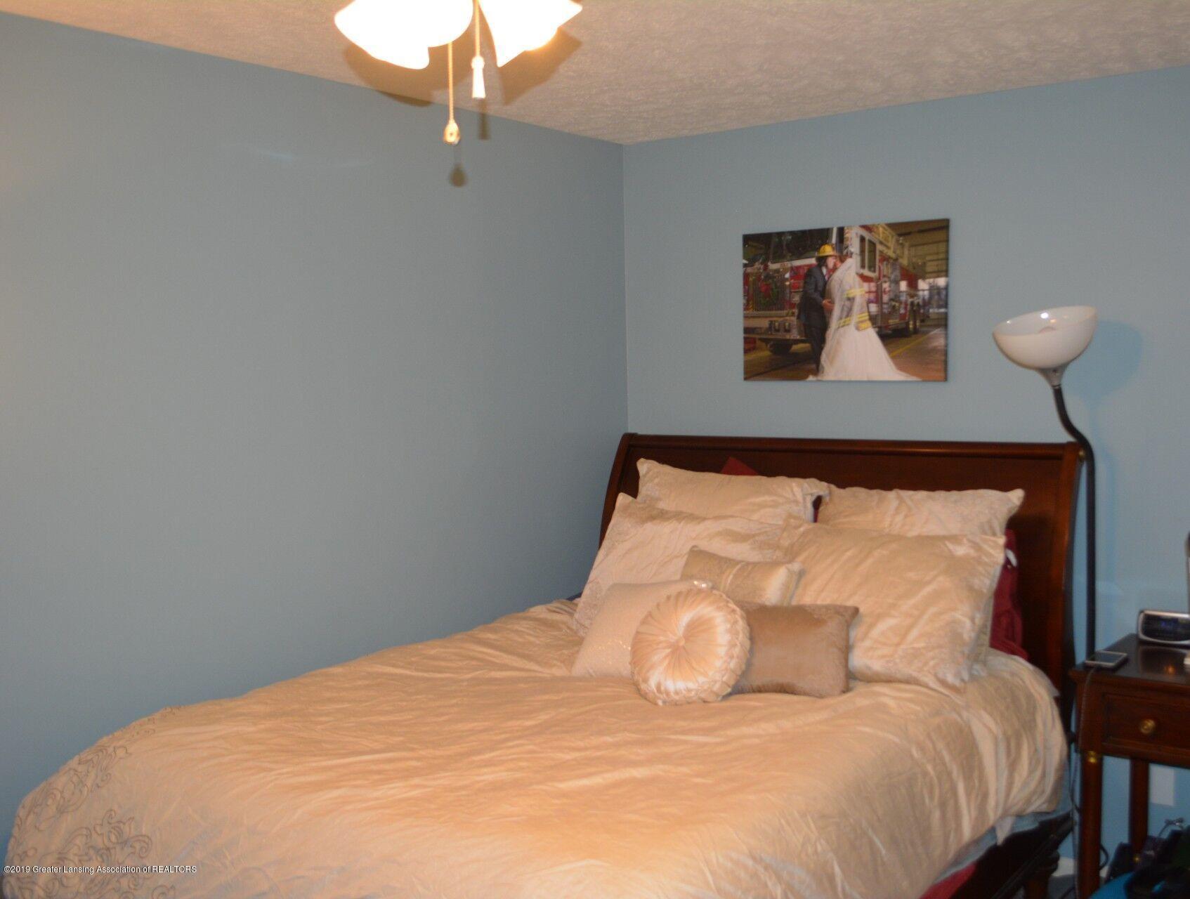 1319 Brookside Dr - Bedroom - 13