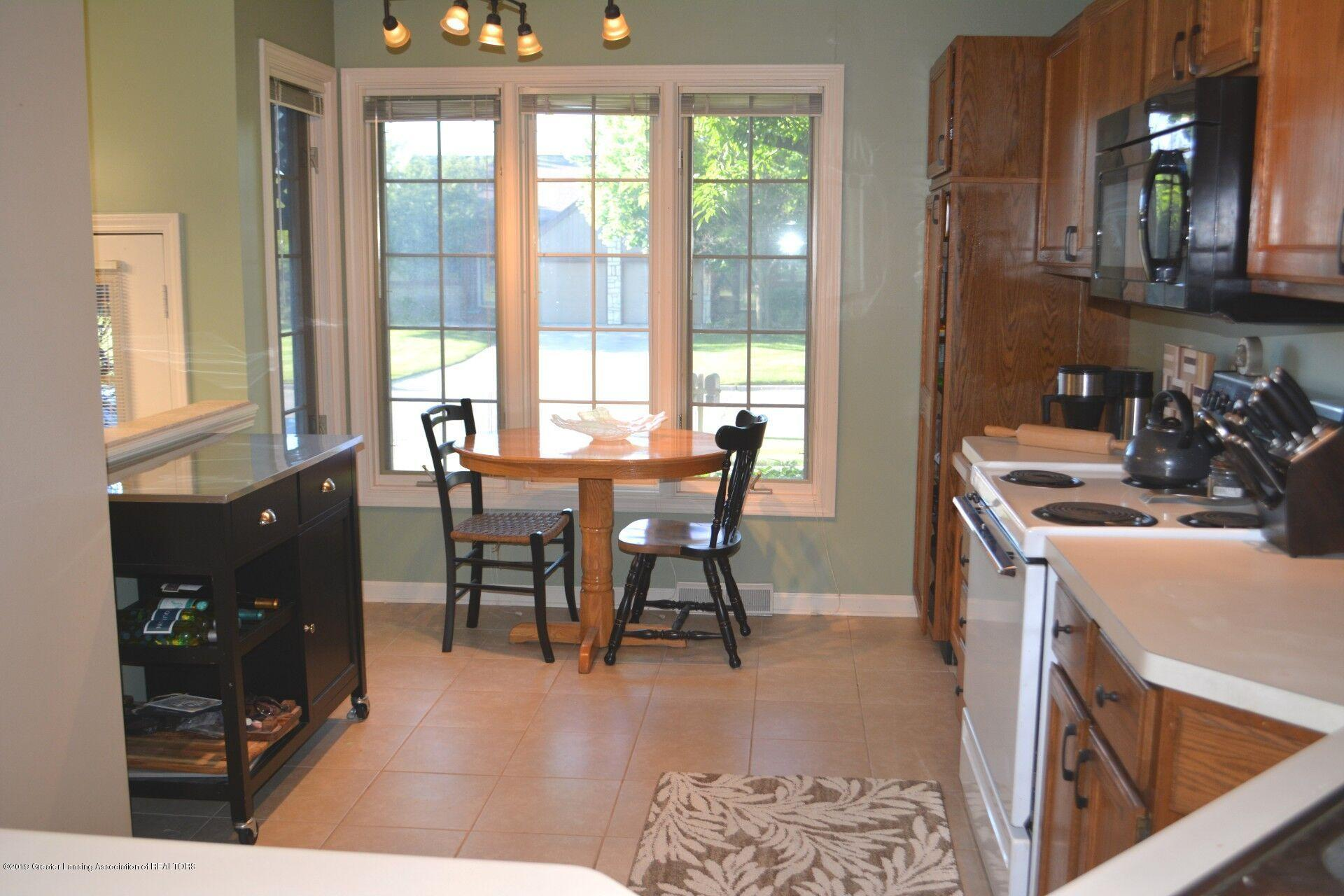 1319 Brookside Dr - Dining and Kitchen - 3