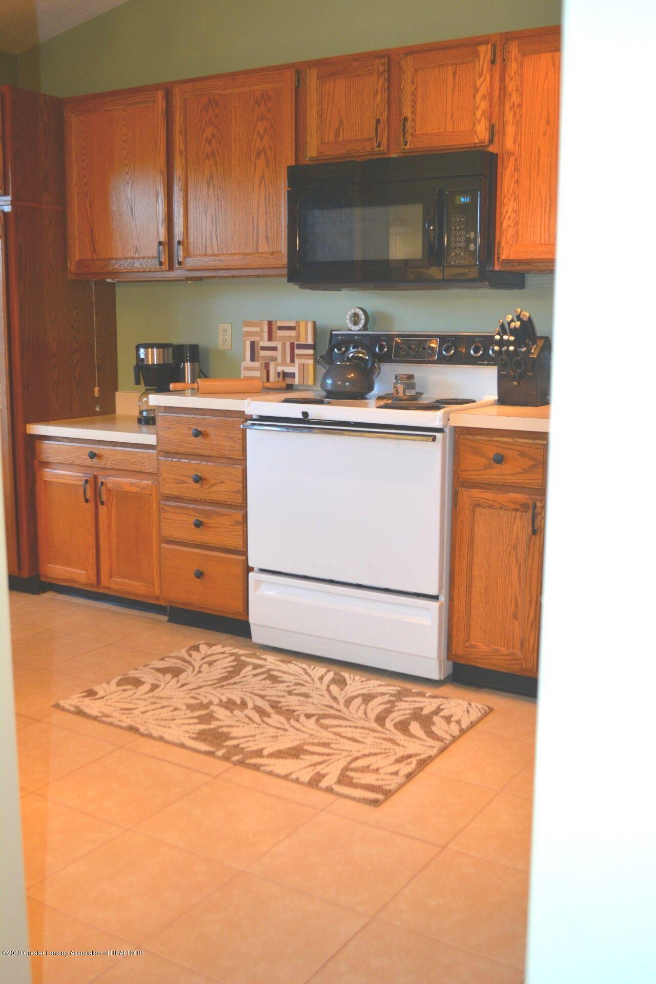 1319 Brookside Dr - Kitchen - 4