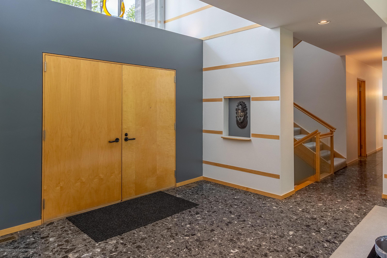 4435 Oak Pointe Ct - Foyer - 16