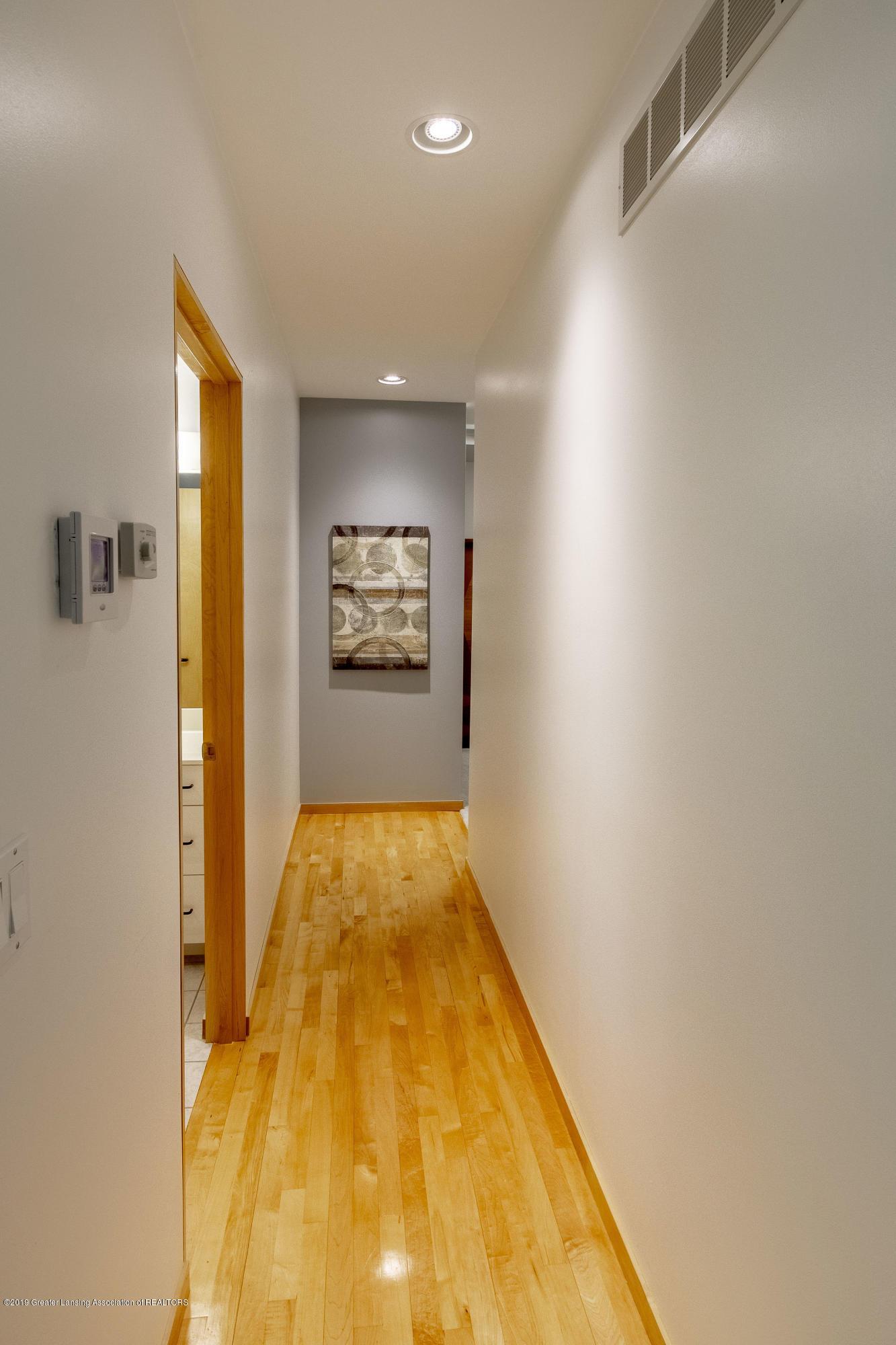 4435 Oak Pointe Ct - Hallway to Bedrooms - 62