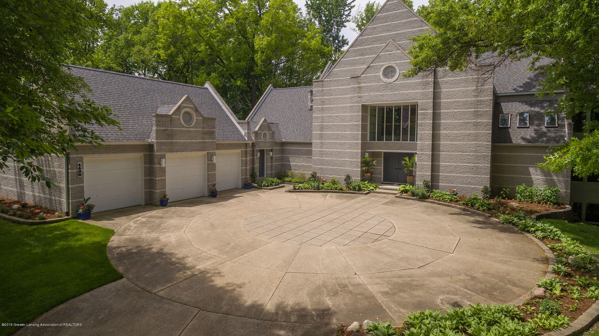 4435 Oak Pointe Ct - Aerial Front - 4