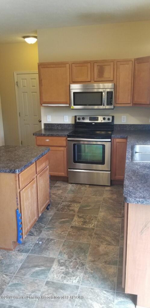 10569 Knockaderry Dr - kitchen 3 - 9