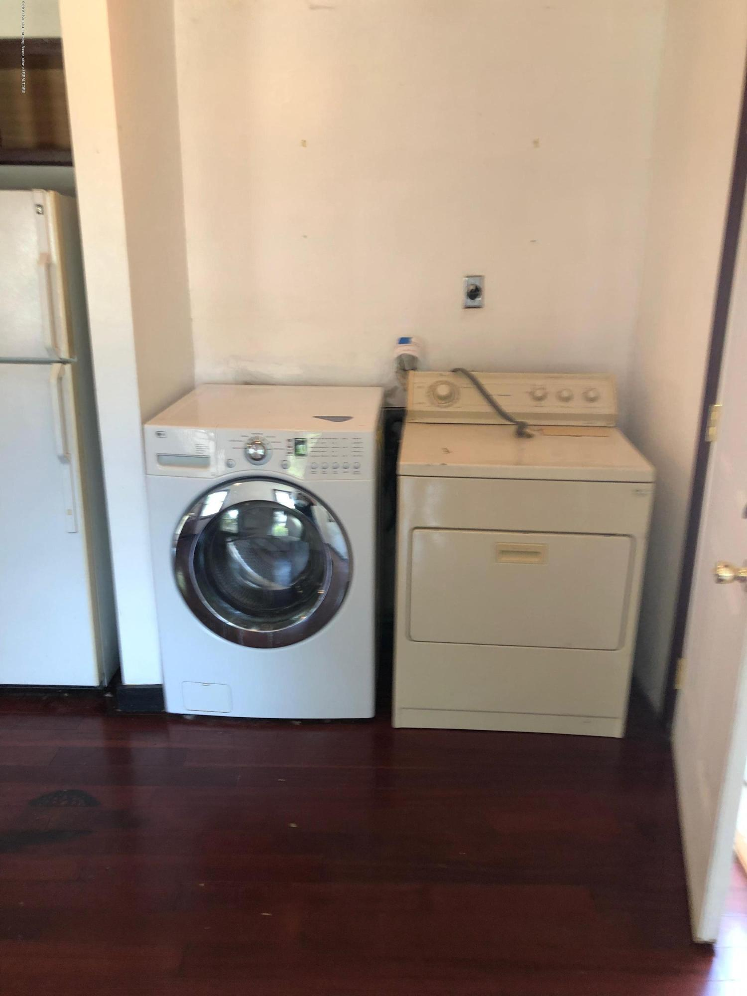 2918 Timber Dr - Laundry - 6