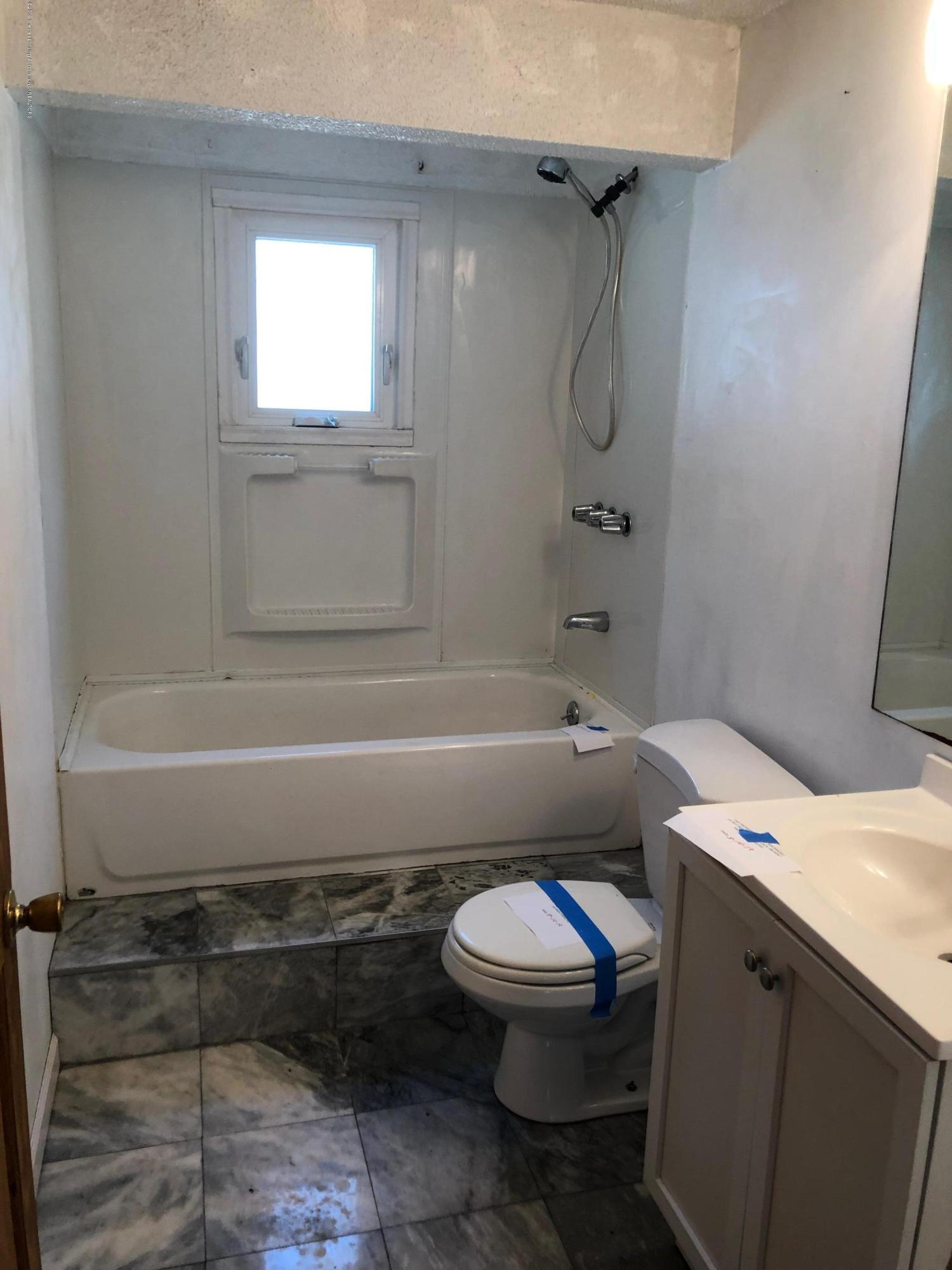 2918 Timber Dr - Bathroom - 11