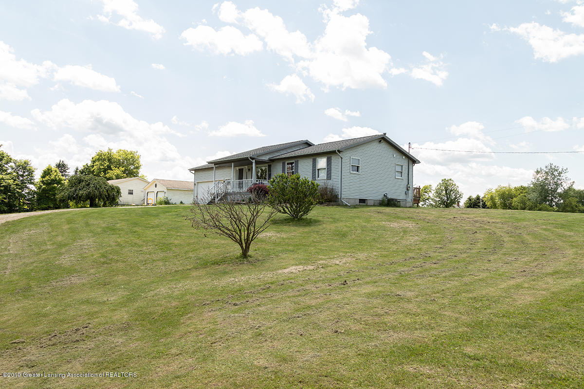 1083 N Shaytown Rd - C5DM7275 - 2