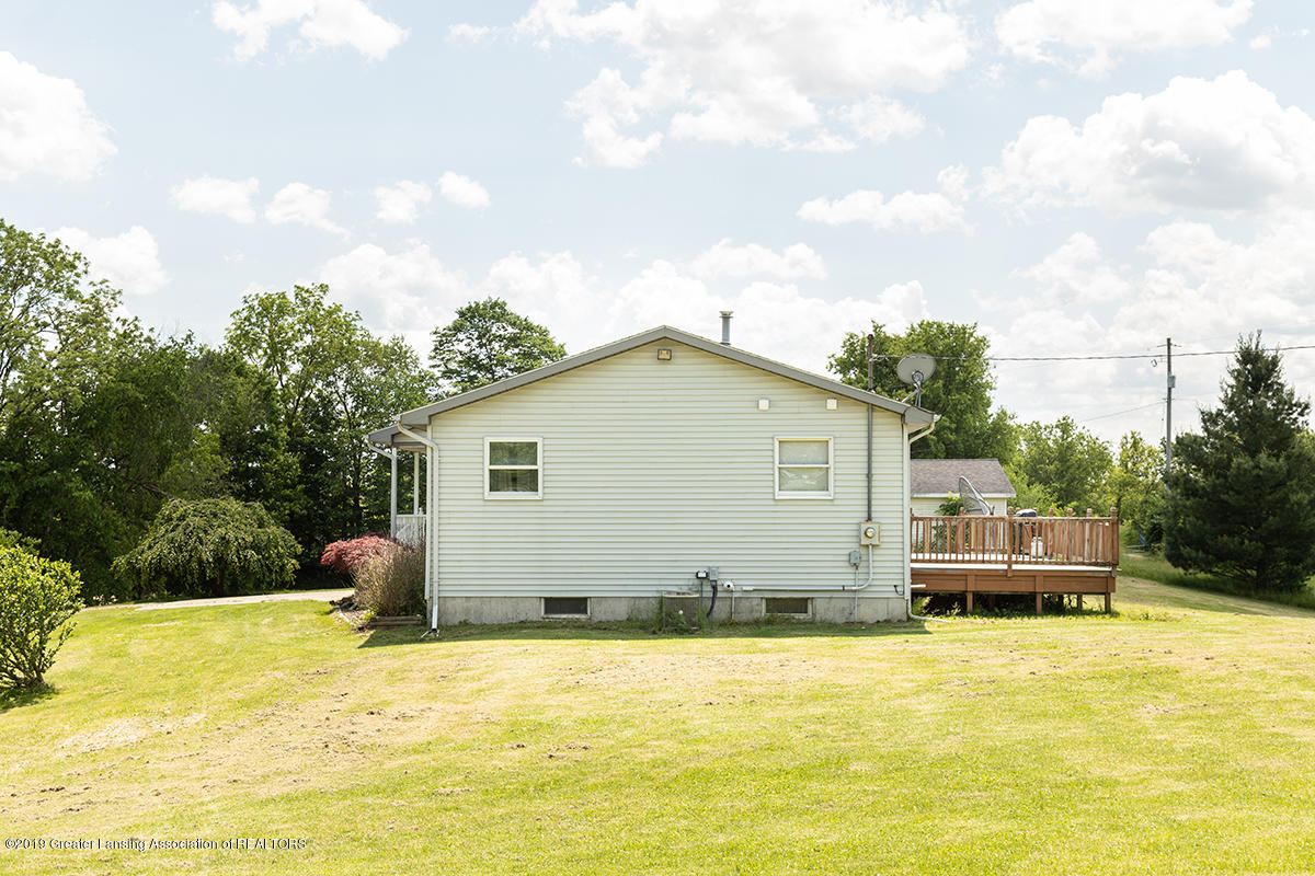 1083 N Shaytown Rd - C5DM7279 - 3