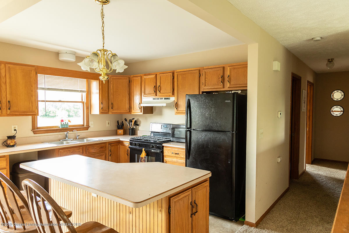 1083 N Shaytown Rd - C5DM7348 - 28