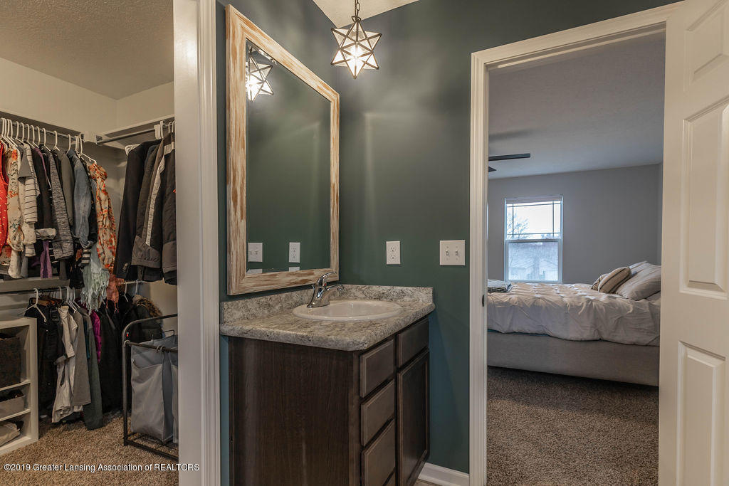 1915 Keegan Ct - Master Bathroom - 26