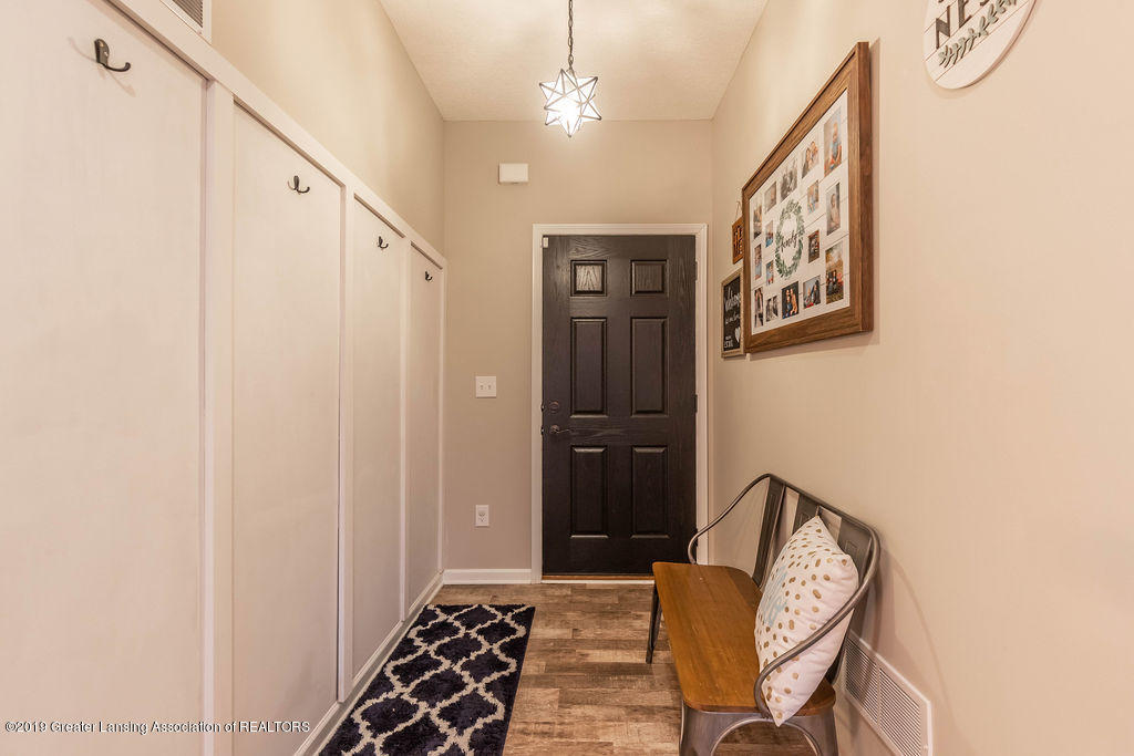 1915 Keegan Ct - Foyer - 5