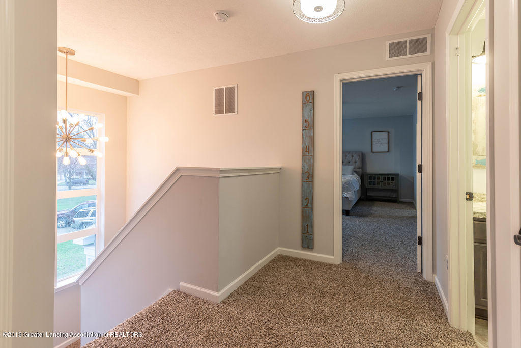 1915 Keegan Ct - Second Floor Landing - 21