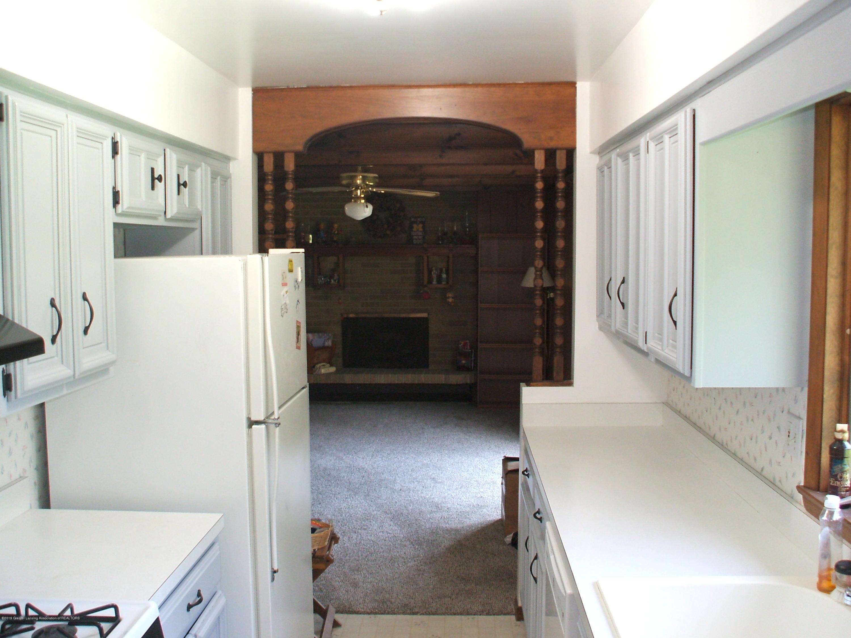 807 W McConnell St - Kitchen - 16