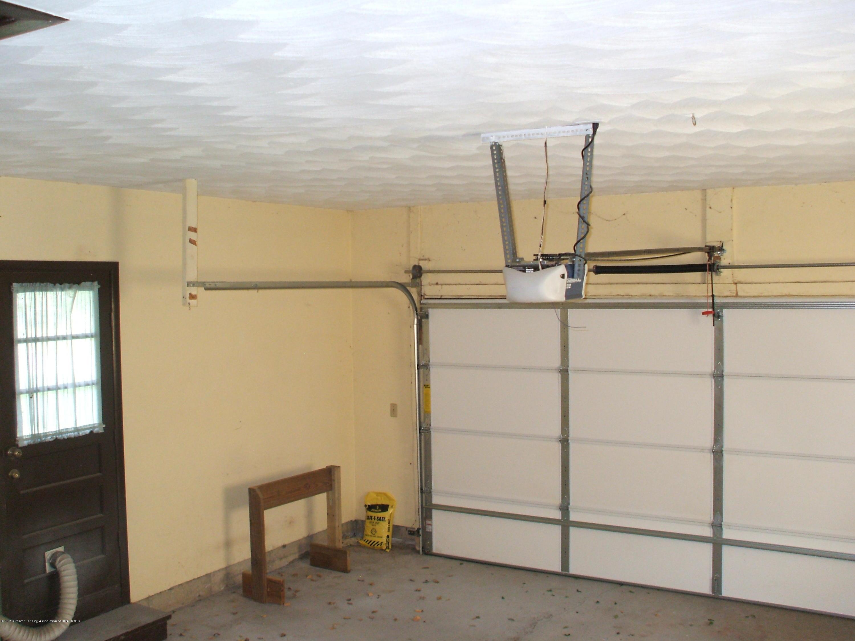 807 W McConnell St - Garage - 30