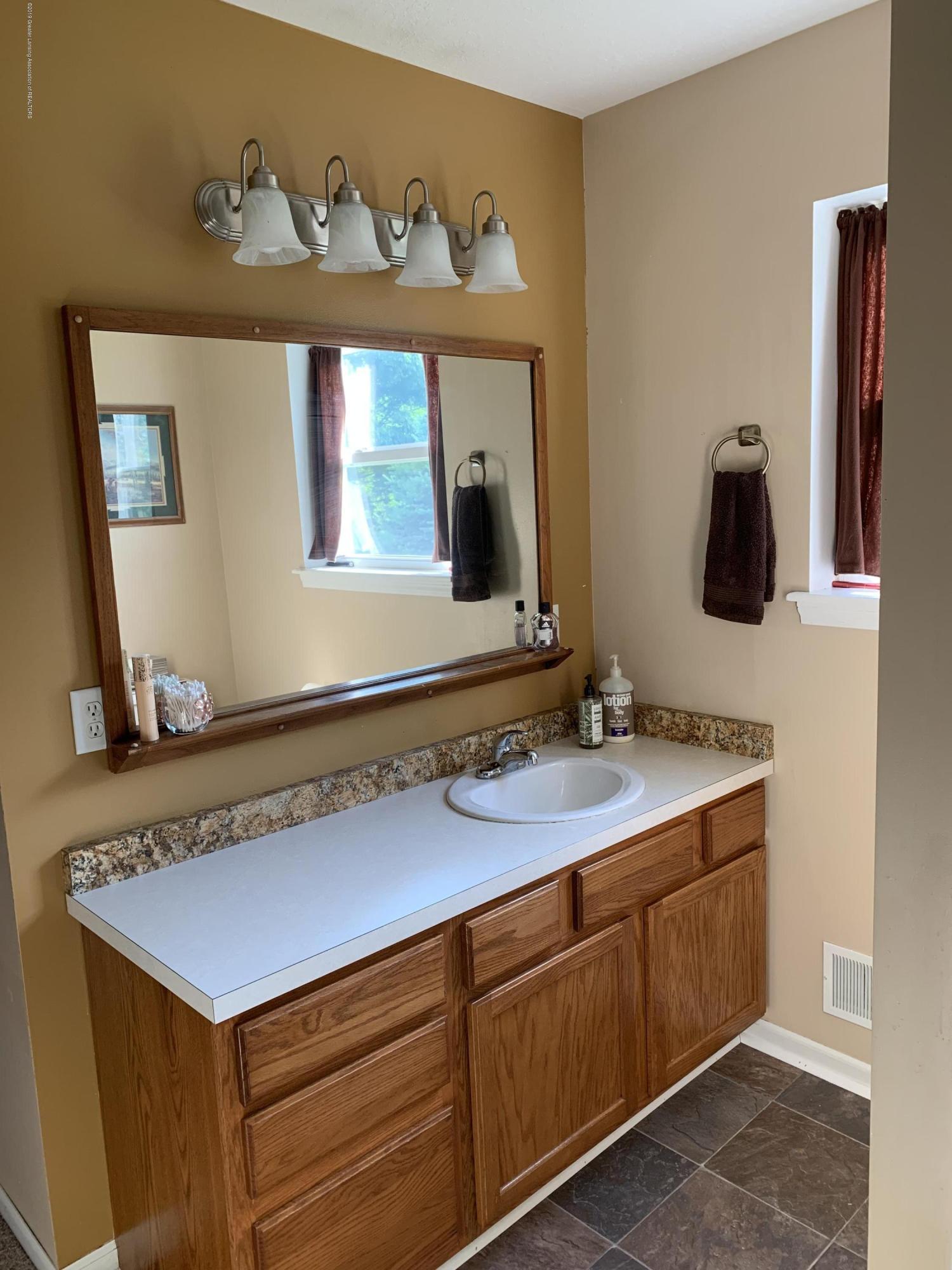 4157 W Roosevelt Rd - Master Bath 7 - 24