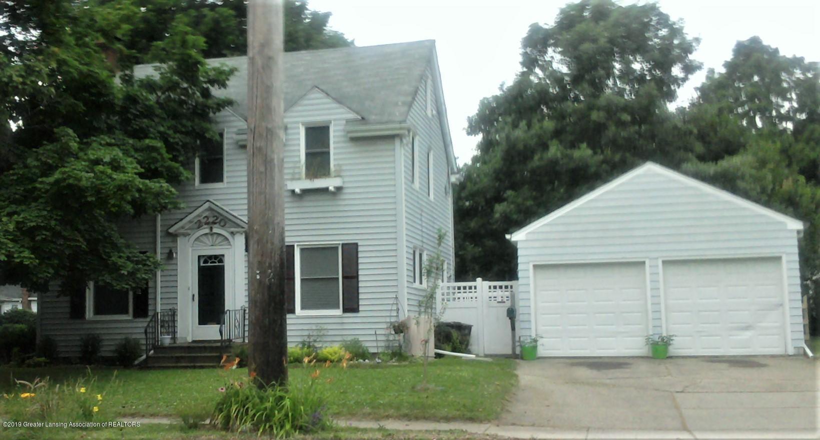 2220 S Pennsylvania Ave - 2010-06-26 07.41.06 (3) - 25