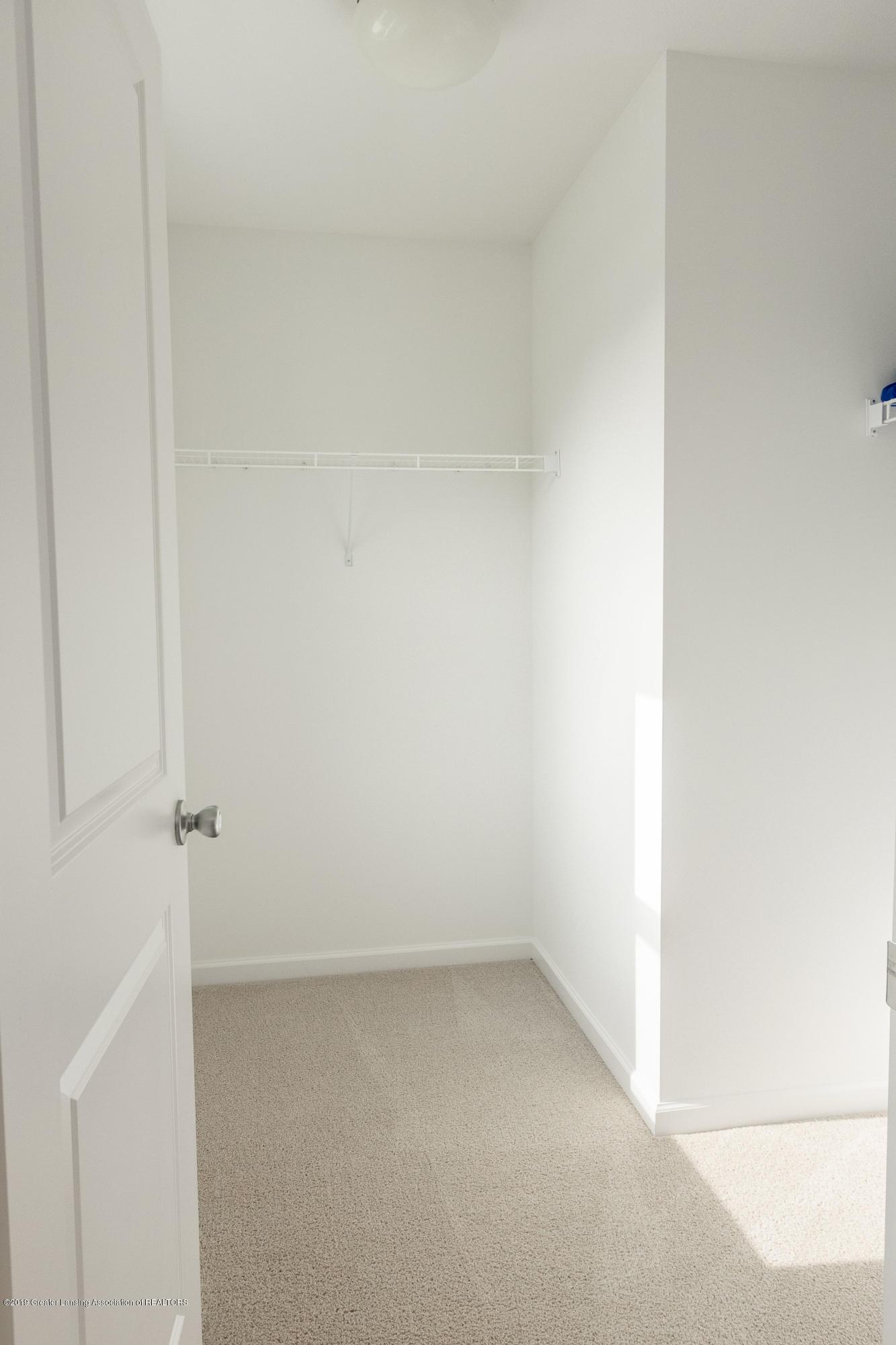 3574 Beal Ln - Walk-In Closet - 32