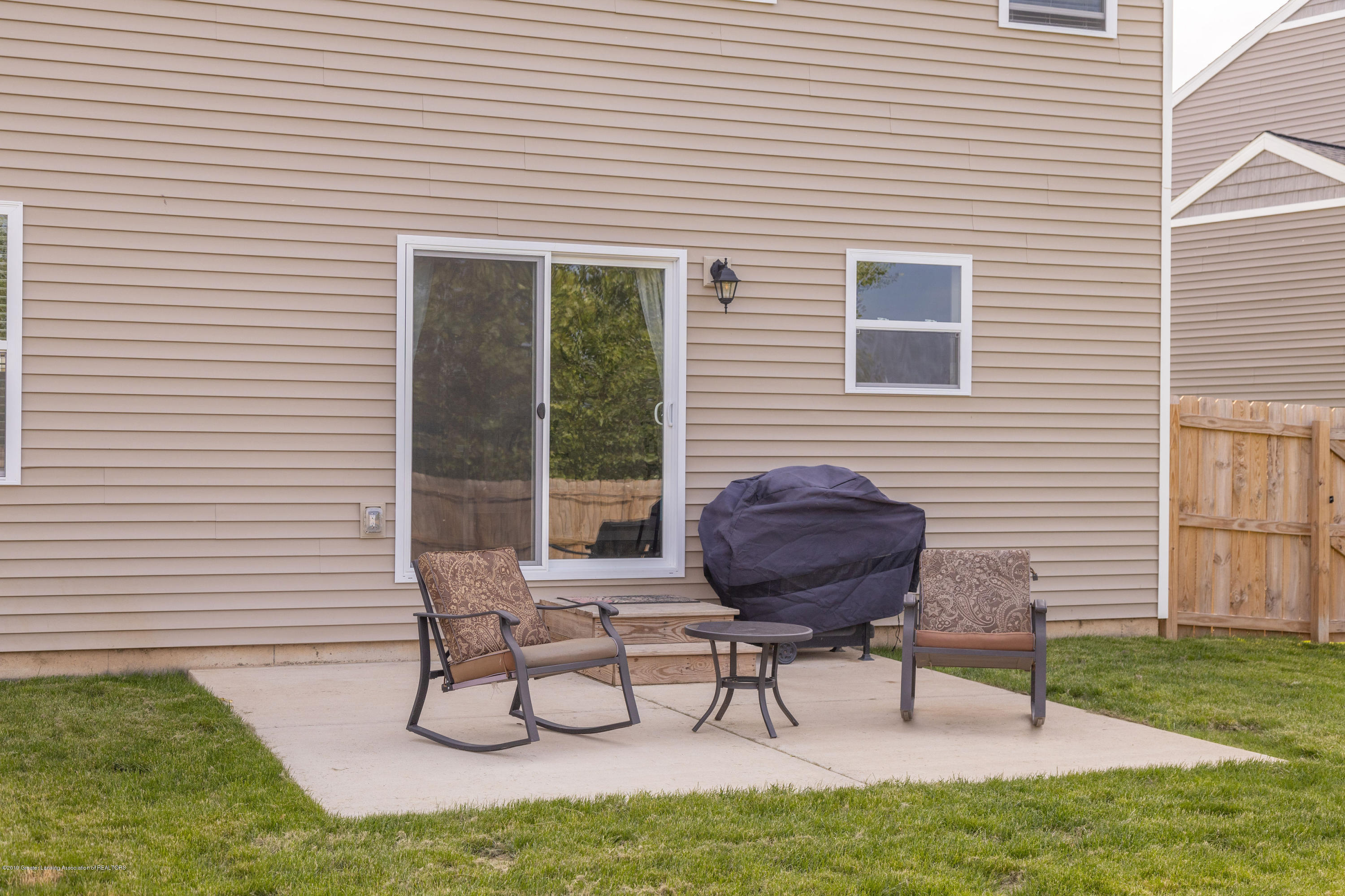 3574 Beal Ln - Back Patio - 39