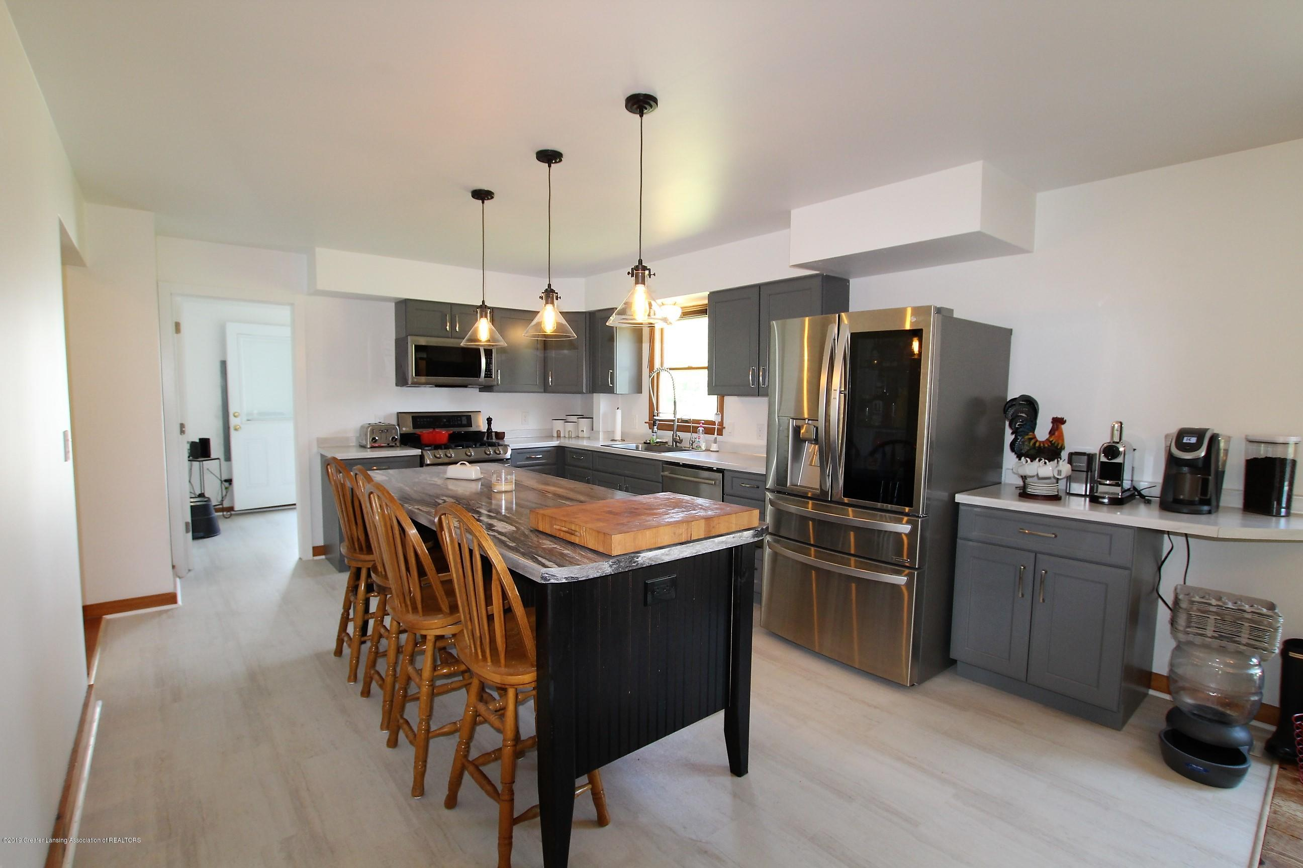 8500 Woodbury Rd - Kitchen - 15