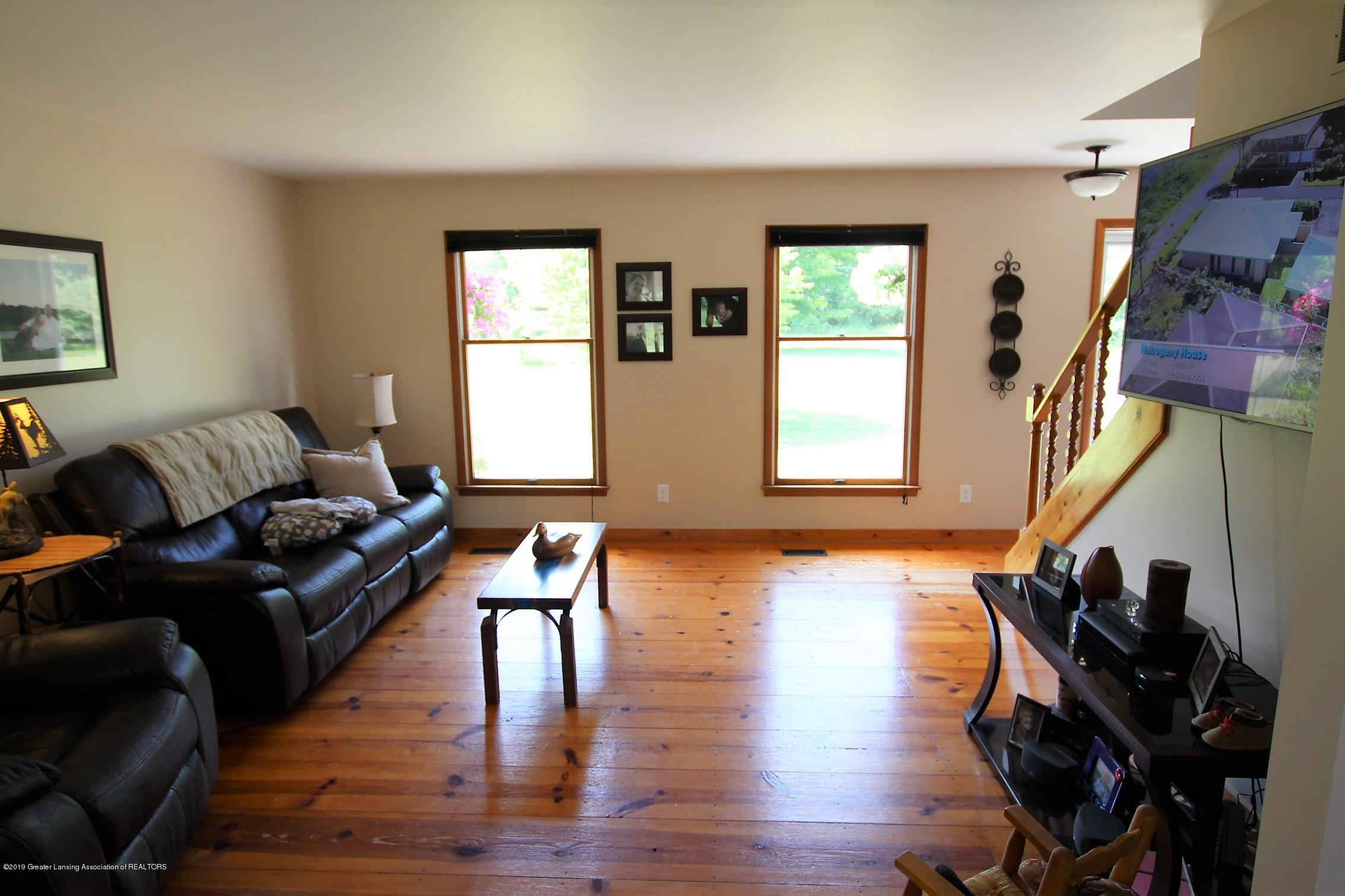 8500 Woodbury Rd - Living Room - 11