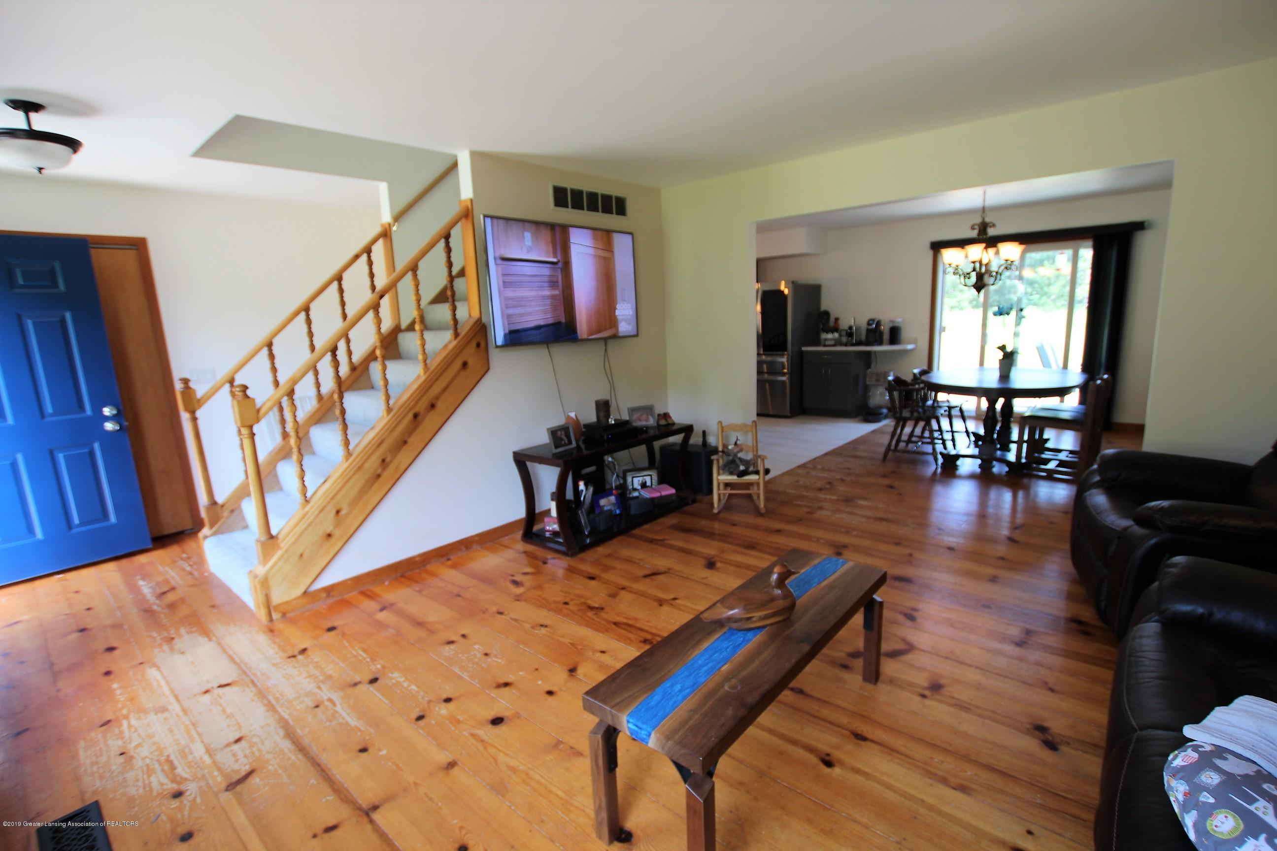 8500 Woodbury Rd - Living Room - 10