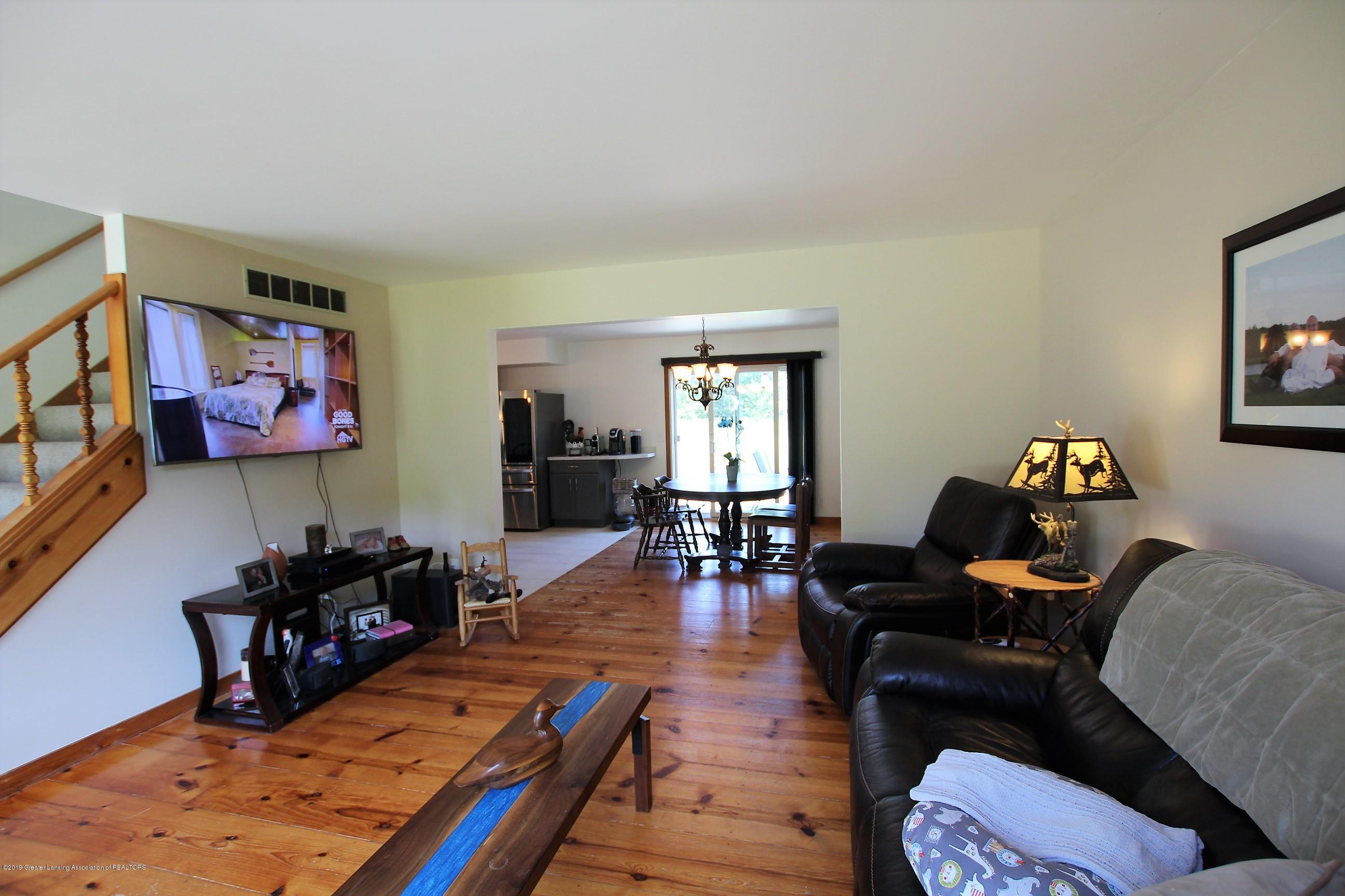 8500 Woodbury Rd - Living Room - 9