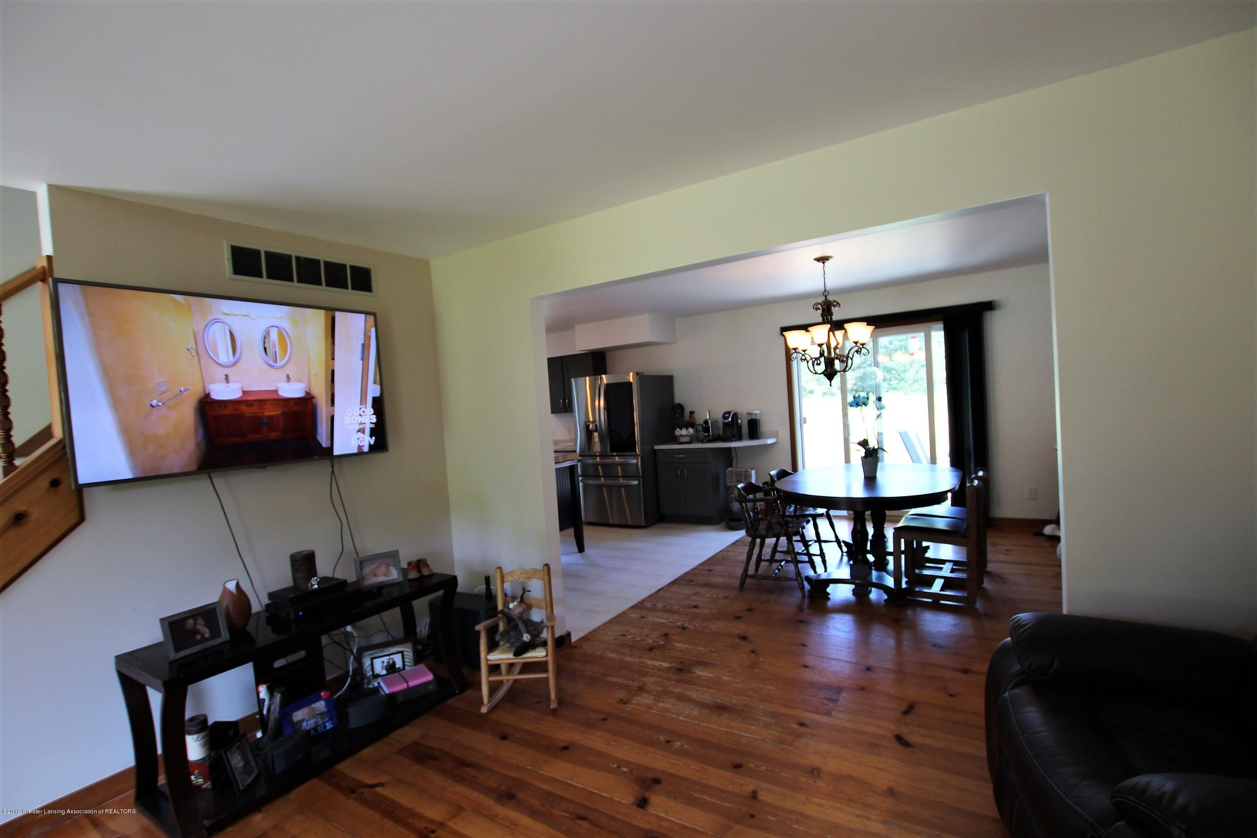 8500 Woodbury Rd - Living Room - 8