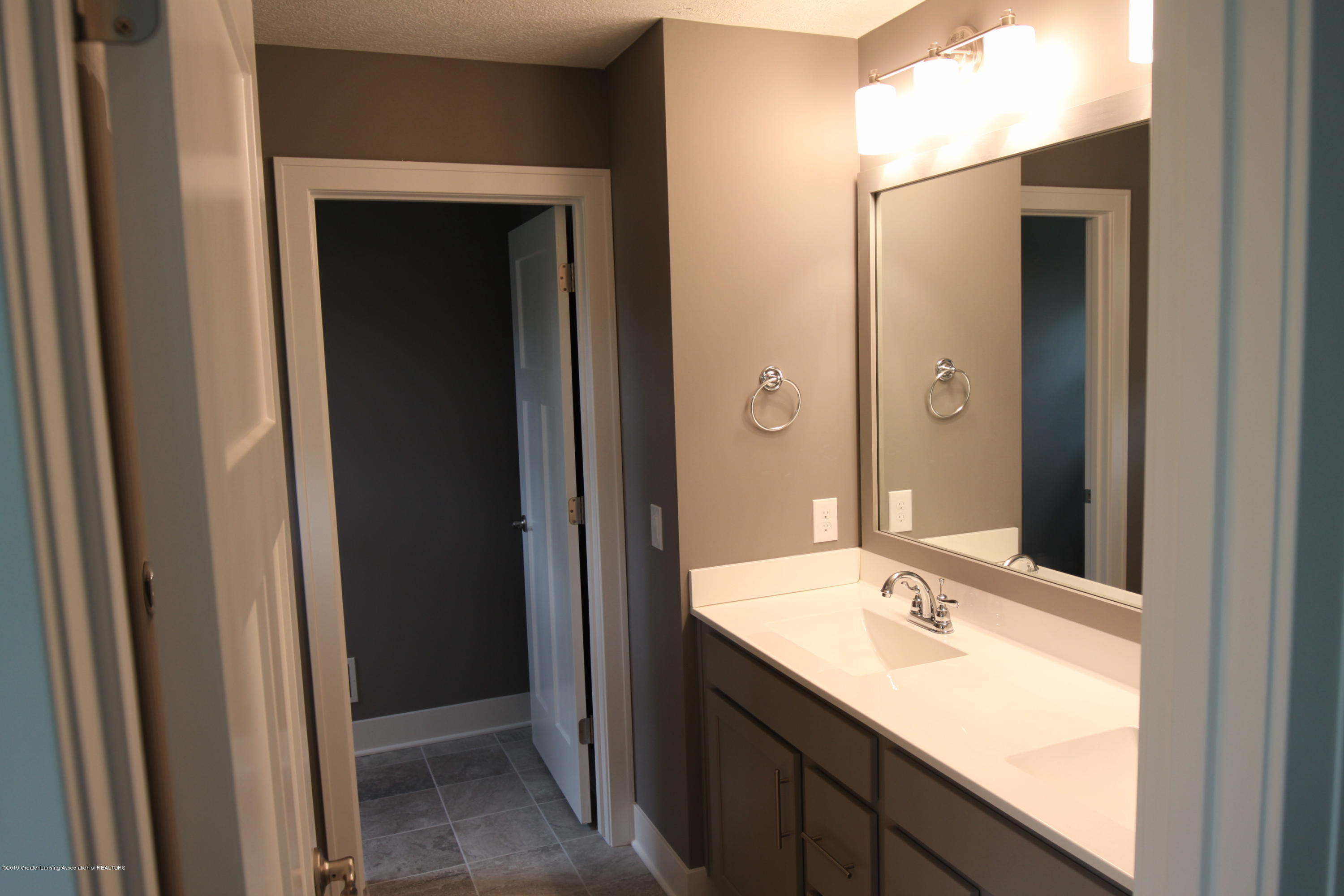 2524 Kevern Way - Master Bath - 7