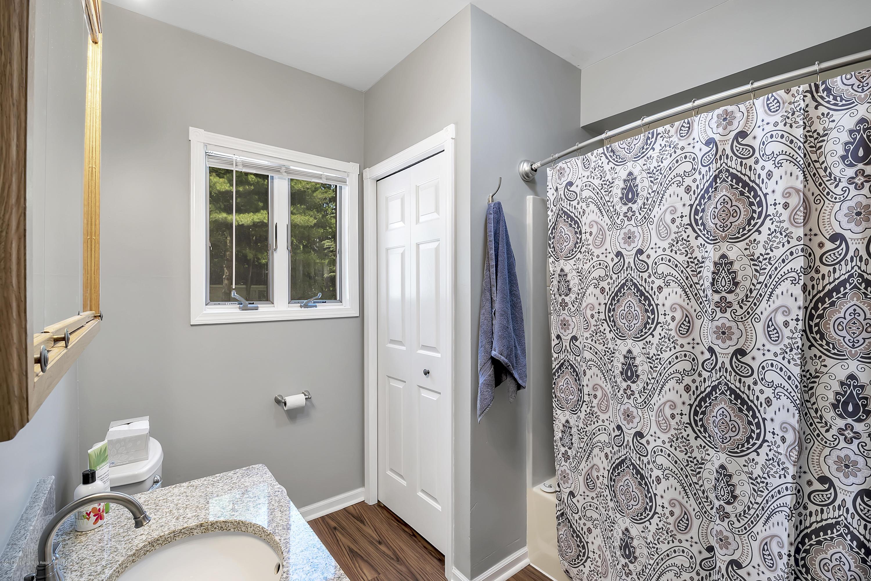 303 Warren Ave - 303-Warren-Charlotte-windowstill-20 - 26