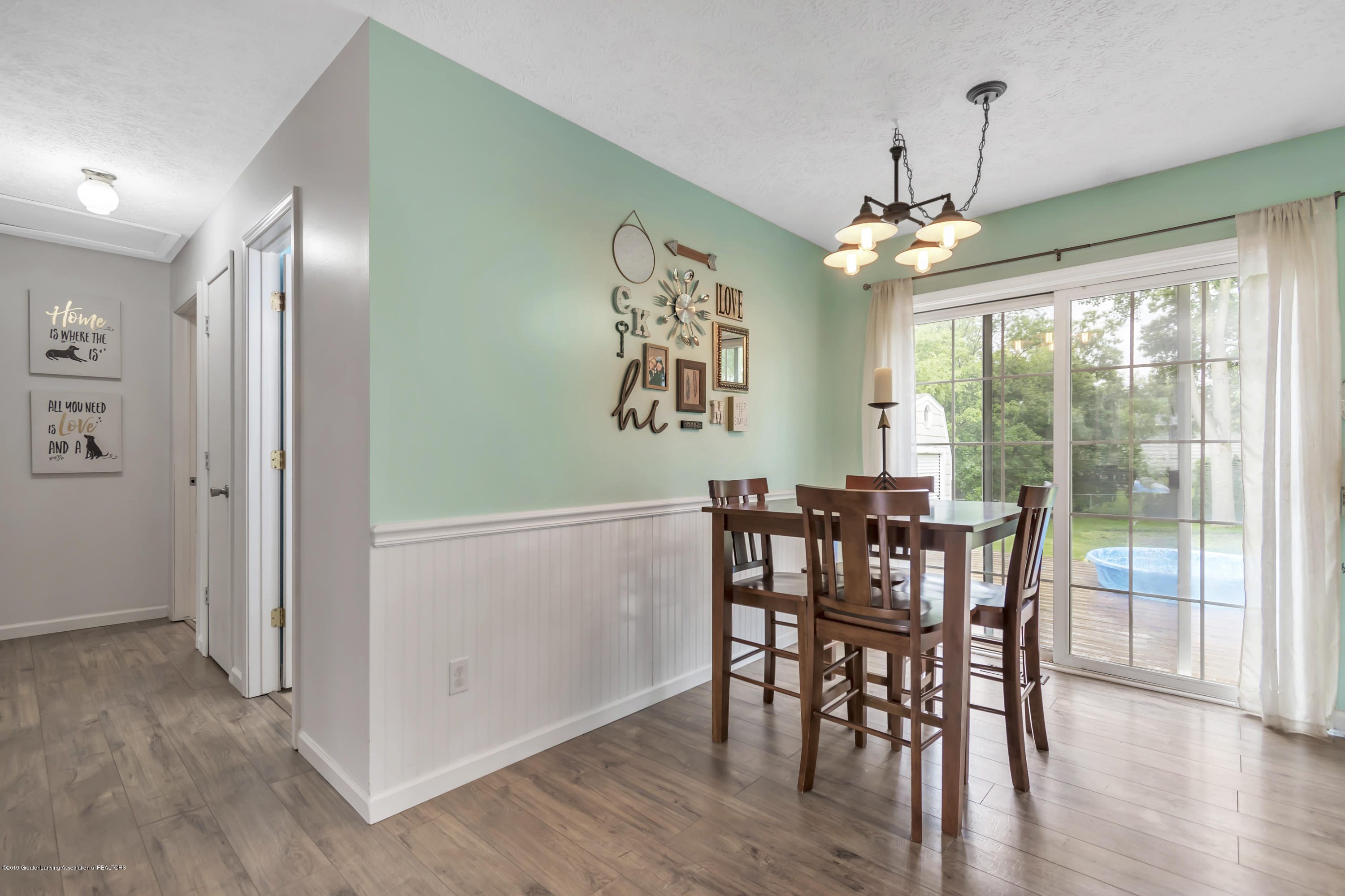 5736 Coulson Ct - 5736-Coulson-Ct-Lansing-MI-windowstill-1 - 10