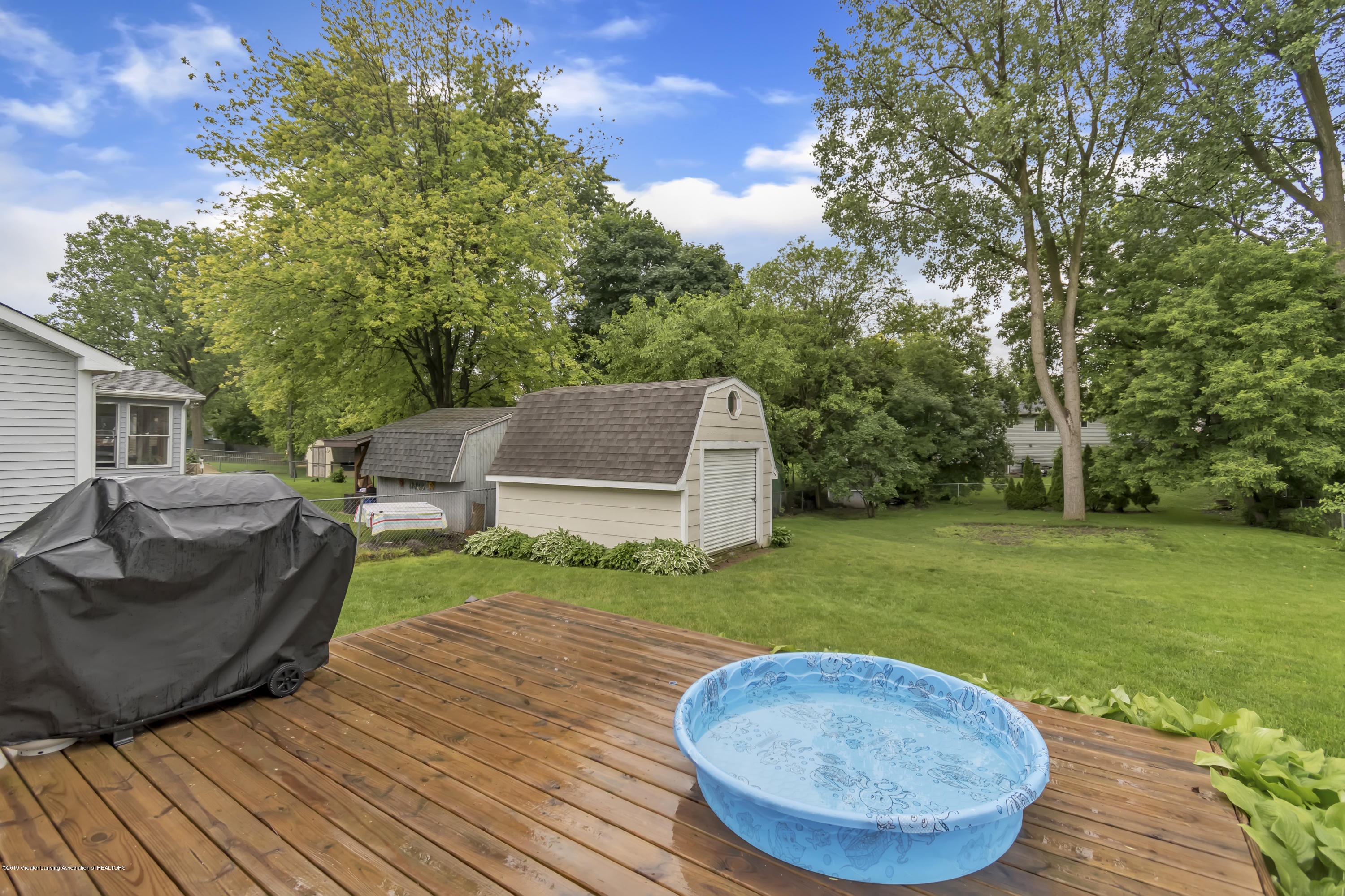 5736 Coulson Ct - 5736-Coulson-Ct-Lansing-MI-windowstill-4 - 41