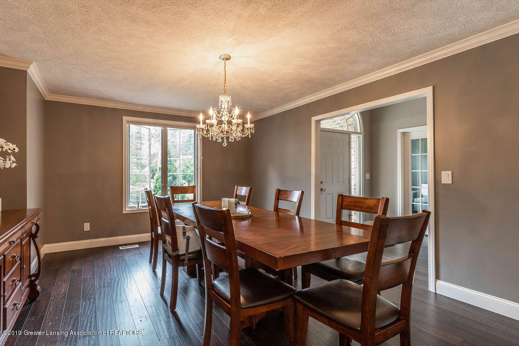 4750 Wellington Dr - Dining Room - 24