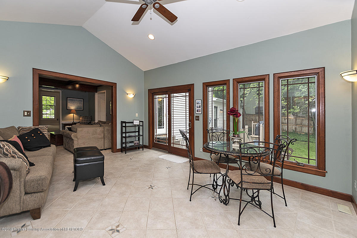 965 Whittier Dr - Sun Room - 9