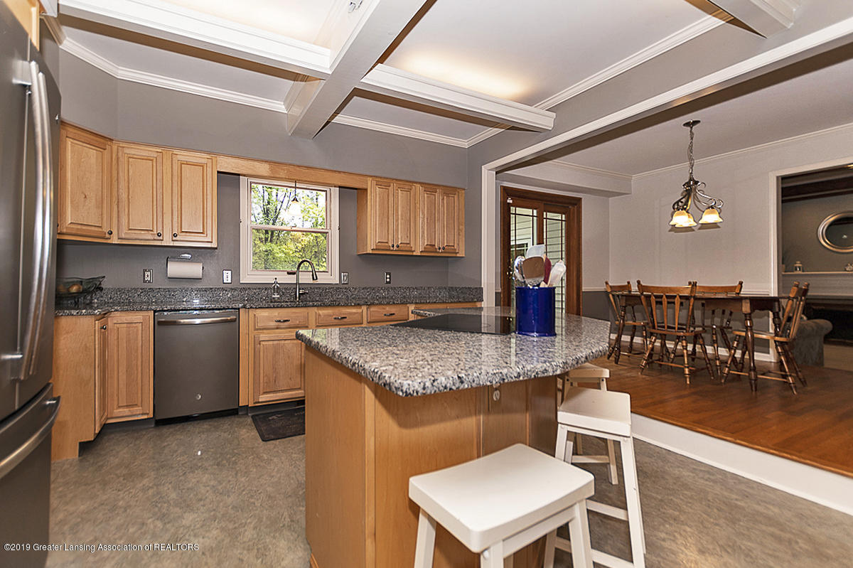 965 Whittier Dr - Kitchen - 18
