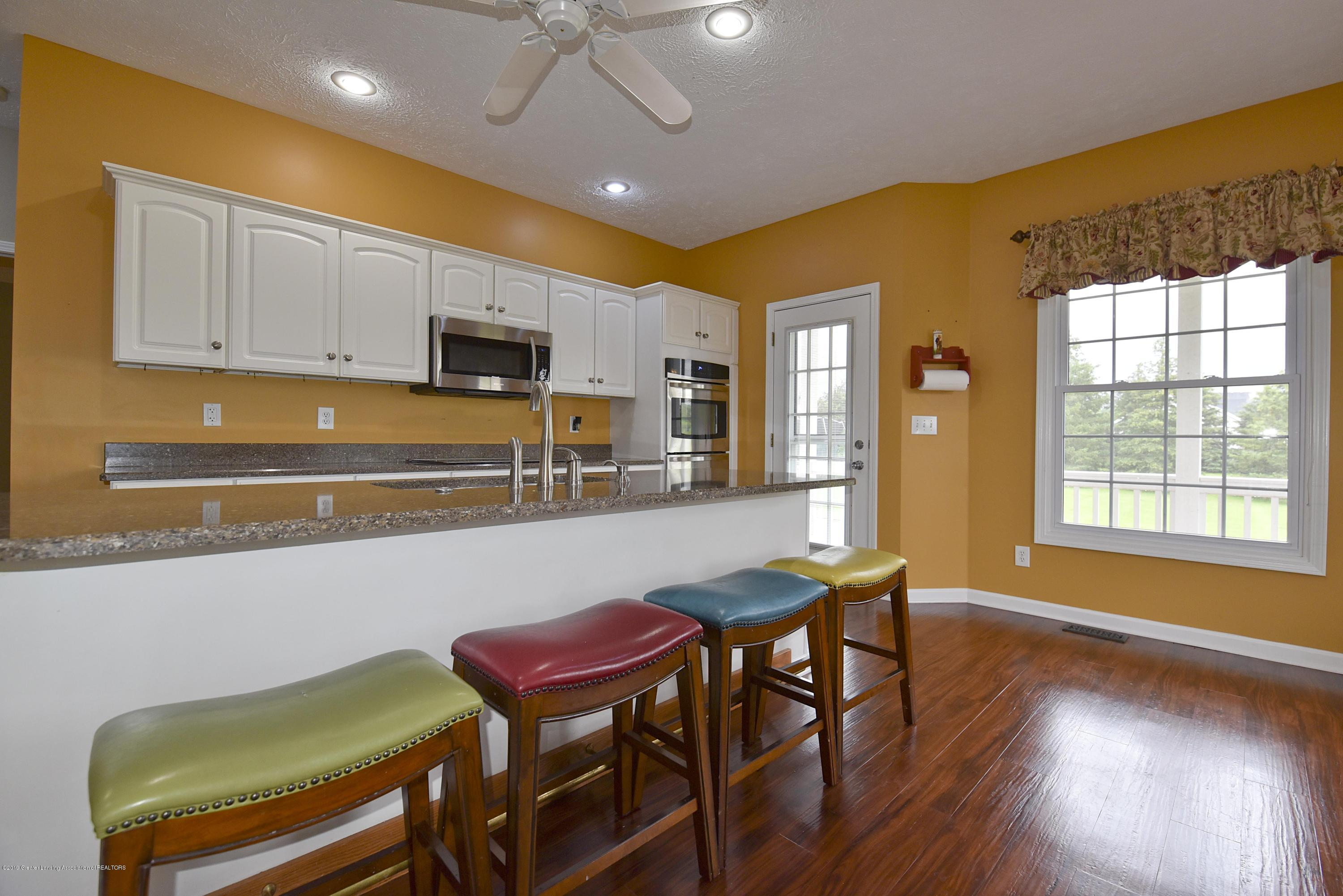 3300 Hollow Spring Dr - Kitchen - 22