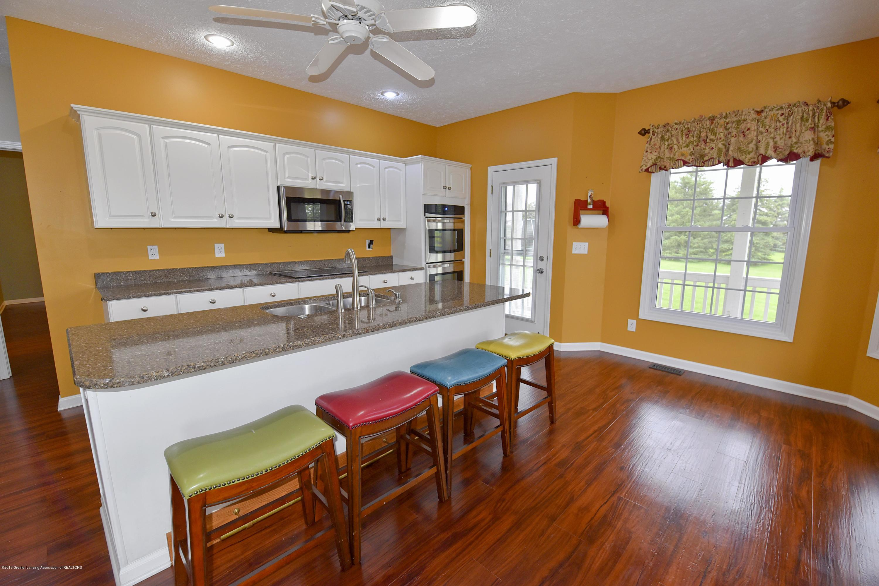 3300 Hollow Spring Dr - Kitchen - 26
