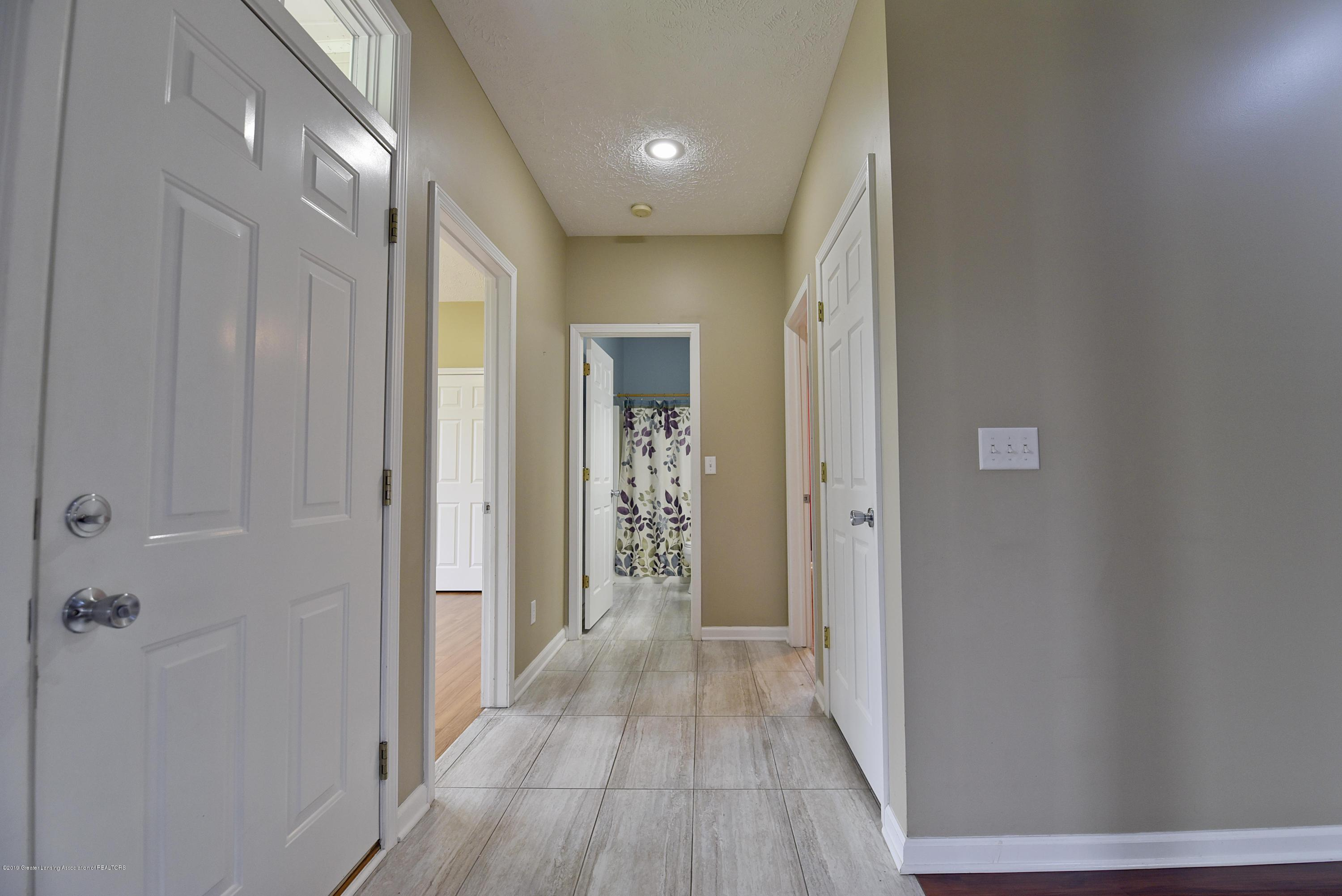 3300 Hollow Spring Dr - first floor bedrooms and bath entrance - 35